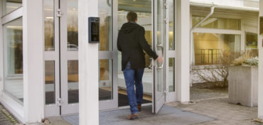 """Zutrittskontrolle als """"offenes"""" und flexibles System"""