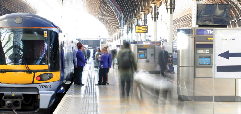 Fahrgäste im Fokus: Wie Video und vernetzte Technologie den öffentlichen Verkehr verändern