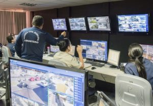 Vitória's integrated Surveillance and Operations Center enables efficient collaboration across agencies.