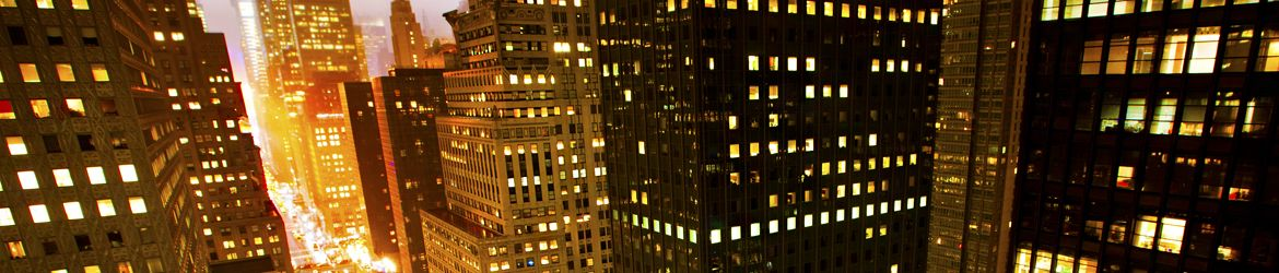 Safe cities banner - Rush hour in New York at night