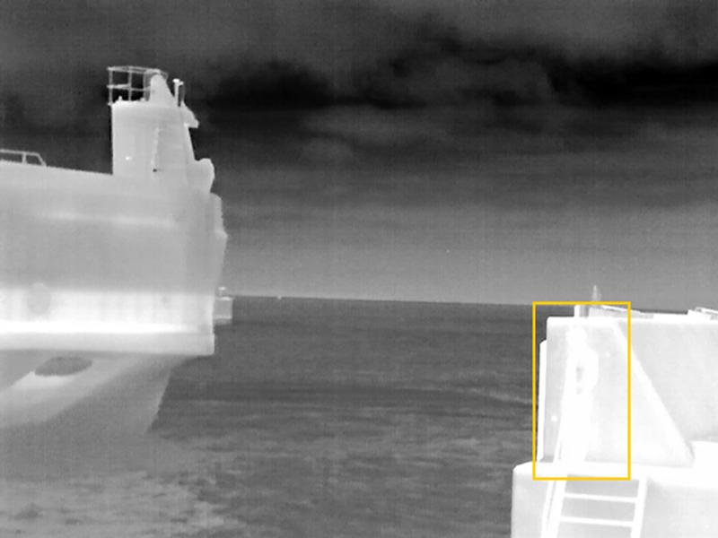 Axis thermal camera footage in black and white, demonstrating AGC functionality