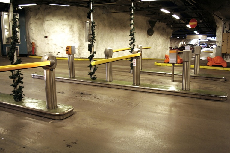 Asan Gatekeeper Boosts Security In Parking Garages Axis